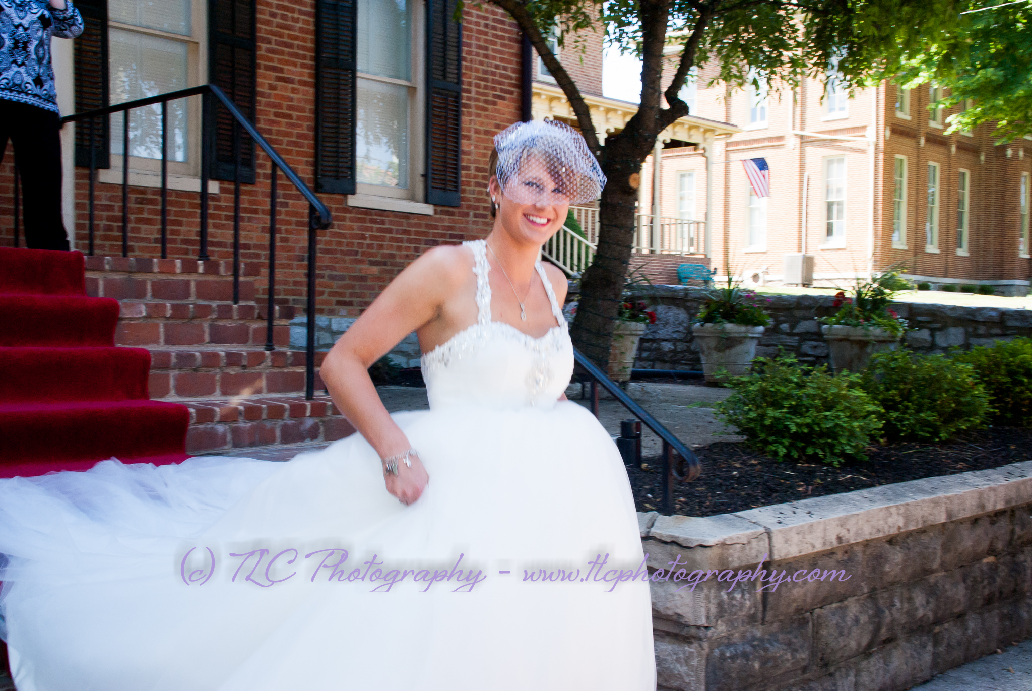 A smiling bride in Martinsburg WV
